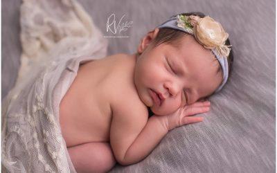 Scheduling Your Newborn Baby's Pictures   Central Valley Newborn Baby Photographer