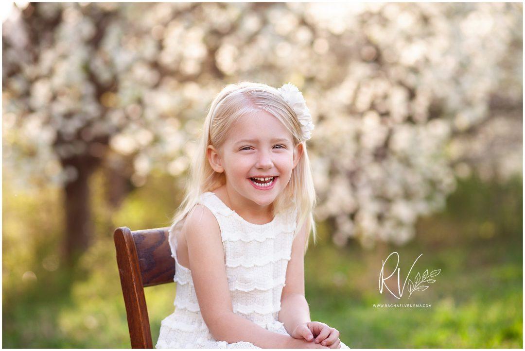 Almond Blossom Photos, Almond Blossom Family Photos, Almond Blossoms, Ripon, Ripon CA, Ripon California, Central Valley, Central Valley Almond Blossoms